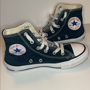 Size 13 Converse hightop kids